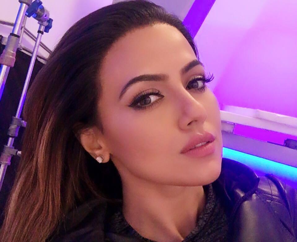 Sana Khan Wiki, Biography, Age Height ,Weight, Boyfriend